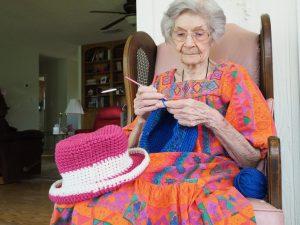 Senior - Knitting